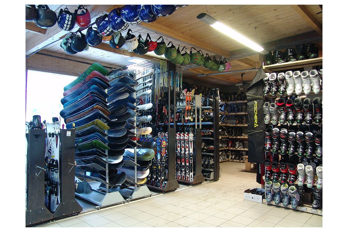 J&J Wypożyczalnia sprzętu narciarskiego